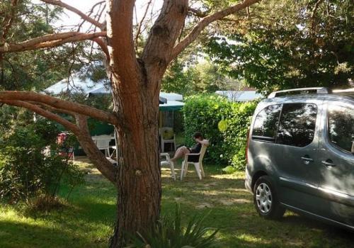 Bungalow toilé meublé ECO 25m² (2 chambres) avec sanitaires + terrasse couverte