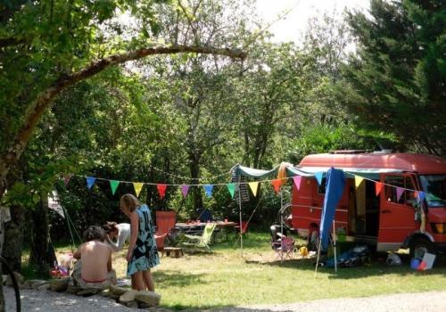 Forfait Confort (1 tente, caravane ou camping-car / 1 voiture / électricité 6A)